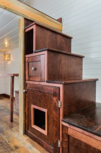 tiny house pets - stairs