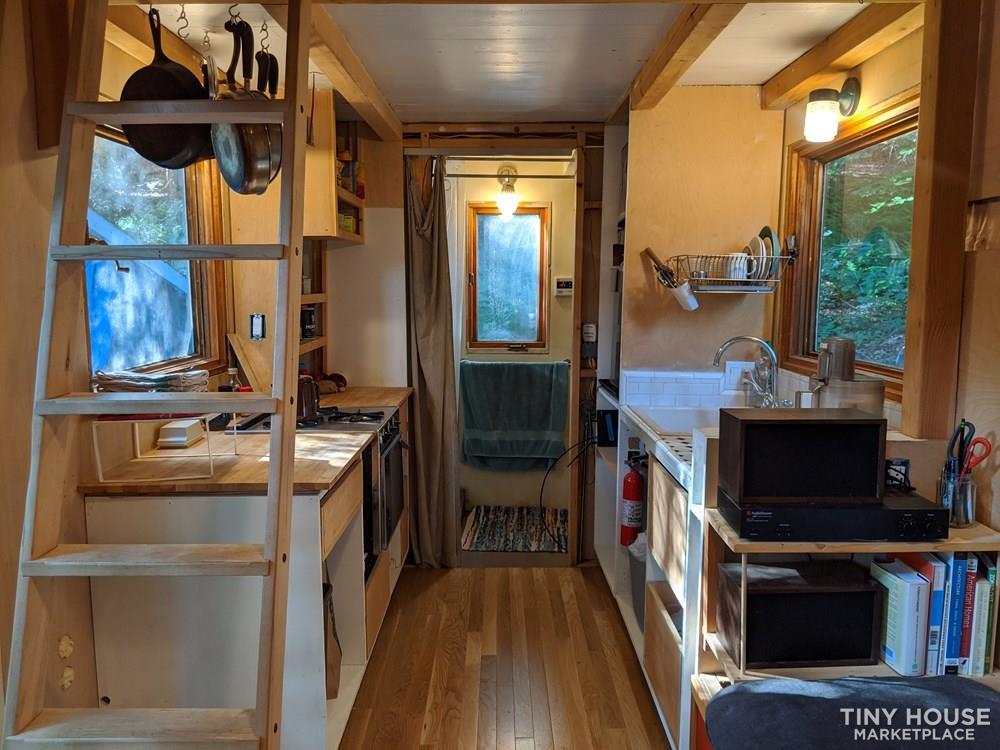 ☀️ 17' New England Inspired Tiny House *Light + Spacious*☀️ 3