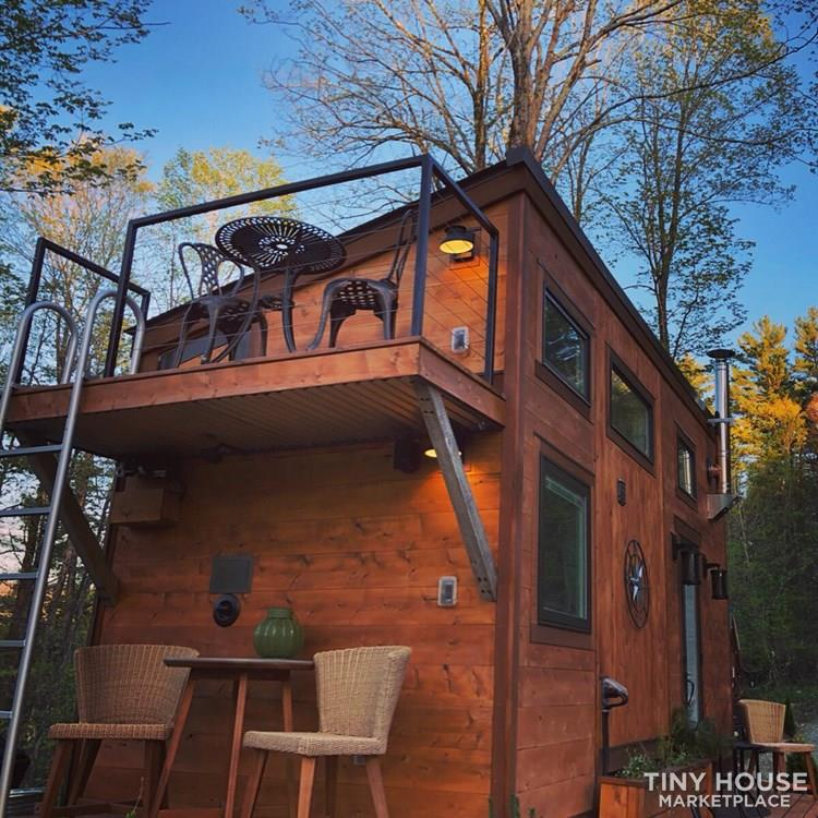 """The Hemingway"" Luxury Tiny Home 11"