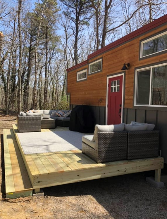 10x30 GORGEOUS Tiny House For Sale 9