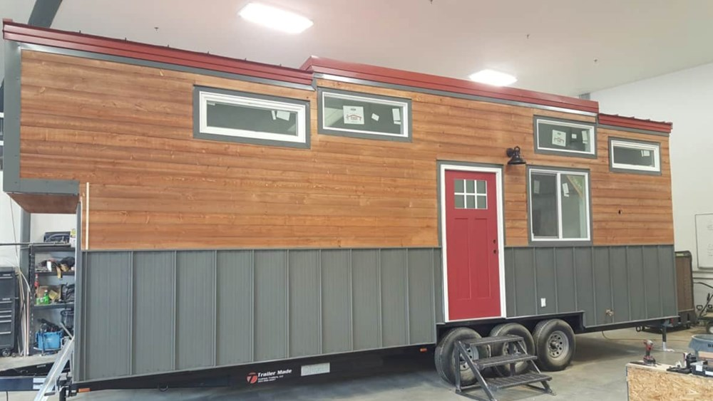 10x30 GORGEOUS Tiny House For Sale 10