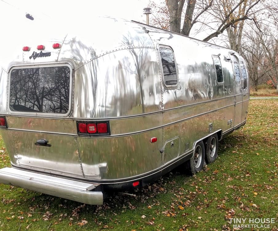 1988 airstream excella off the grid
