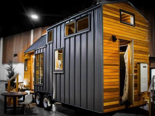 """Tiny House Town Beautiful Seattle Tiny House: Greenleaf Tiny Homes """"Kootenay"""""""