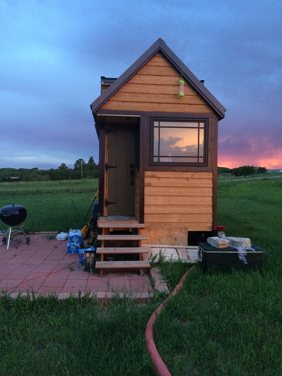 tiny house for sale solar powered tiny house on wheels. Black Bedroom Furniture Sets. Home Design Ideas