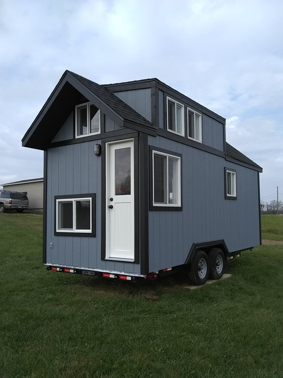 Luxury Tiny House on Wheels! 3