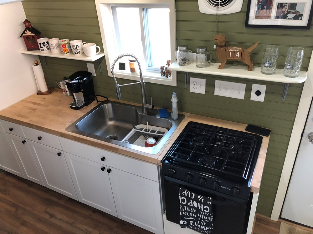 24ft off grid tiny house on wheels 28