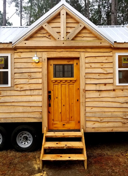 Rustic Goosneck Tinyhouse 39ft 4