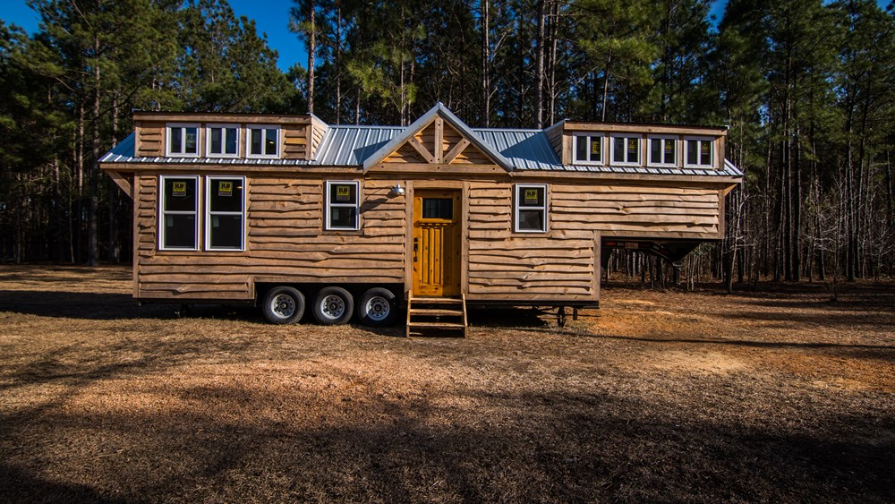 Rustic Goosneck Tinyhouse 39ft