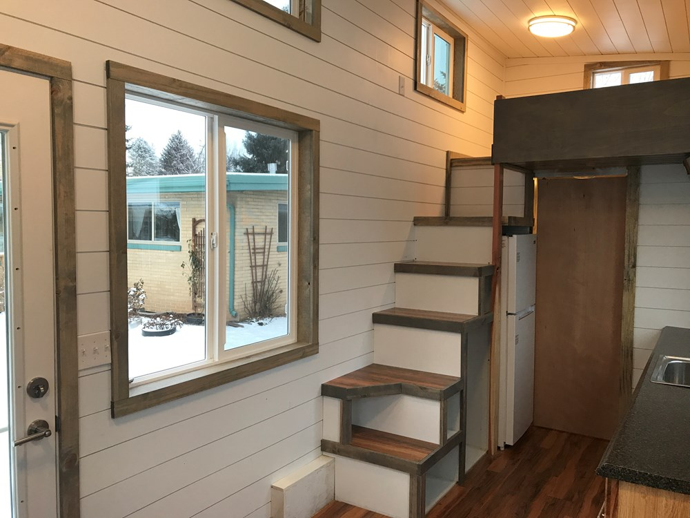 Bright and Spacious Tiny Home! 5