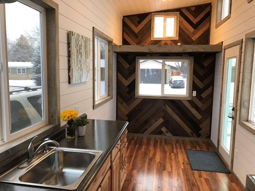 Bright and Spacious Tiny Home! 1