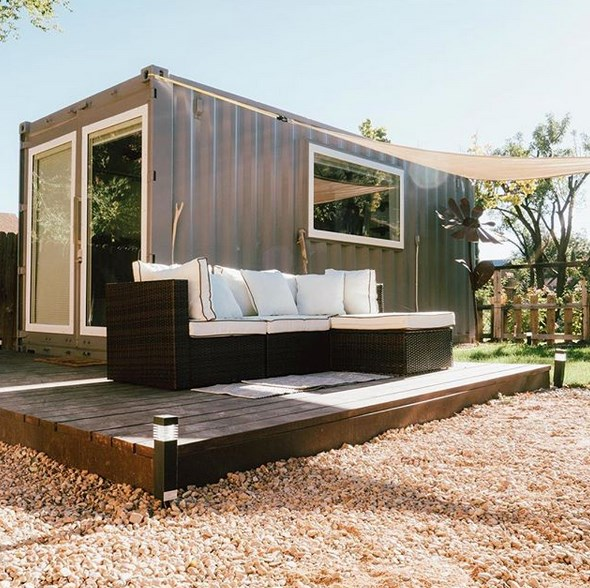 20 Luxury Container Tiny House 1
