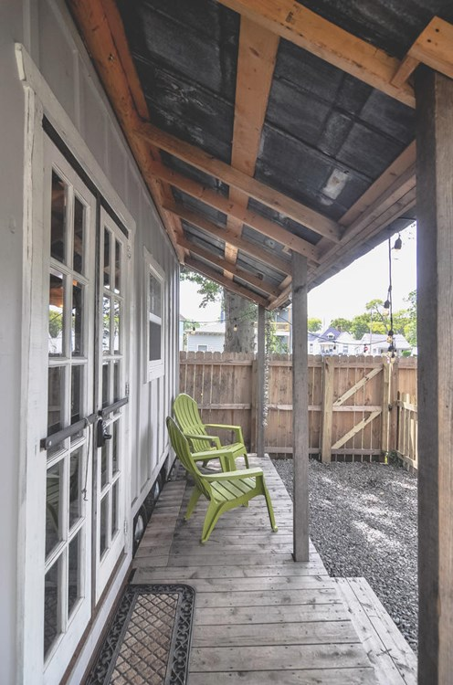 Tiny House for Sale In Nashville! 11