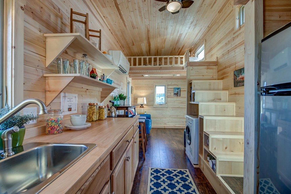 BRAND NEW 26-Foot Tumbleweed Roanoke Double Lofted Tiny House 6
