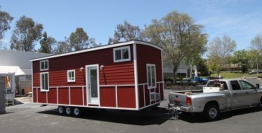 RED BARN CARAVAN 10 X 30 TINY HOUSE FULLY FINISHED PROFESSIONALLY BUILT