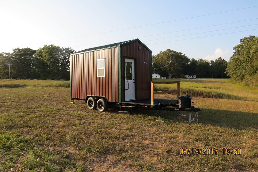 20ft Toy hauler hunting cabin