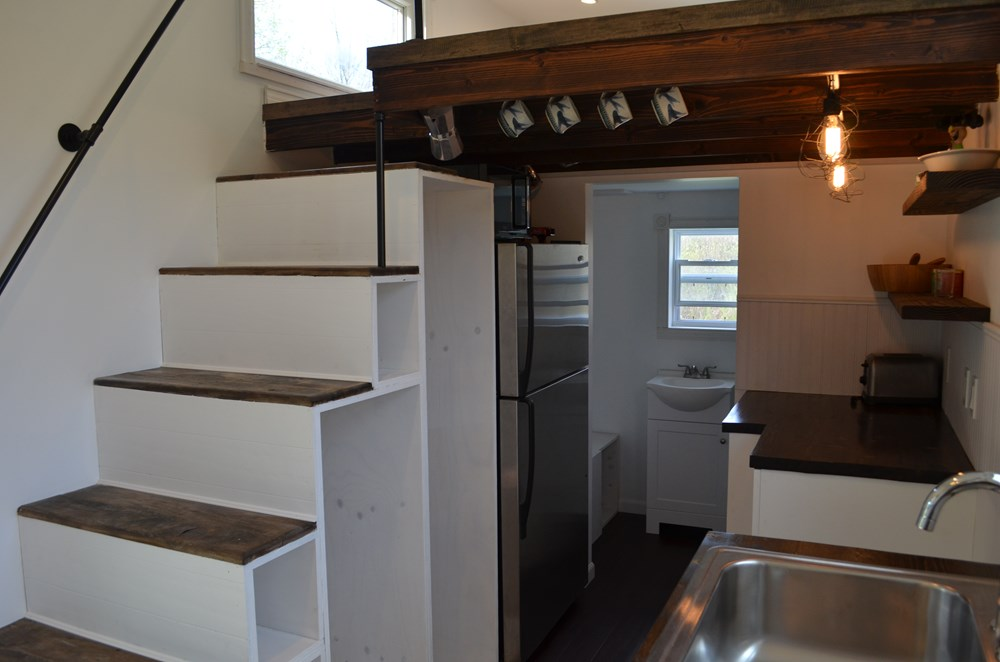 ***PENDING***   Beautiful 25ft Tiny House on Wheels for Sale in Upstate New York 5
