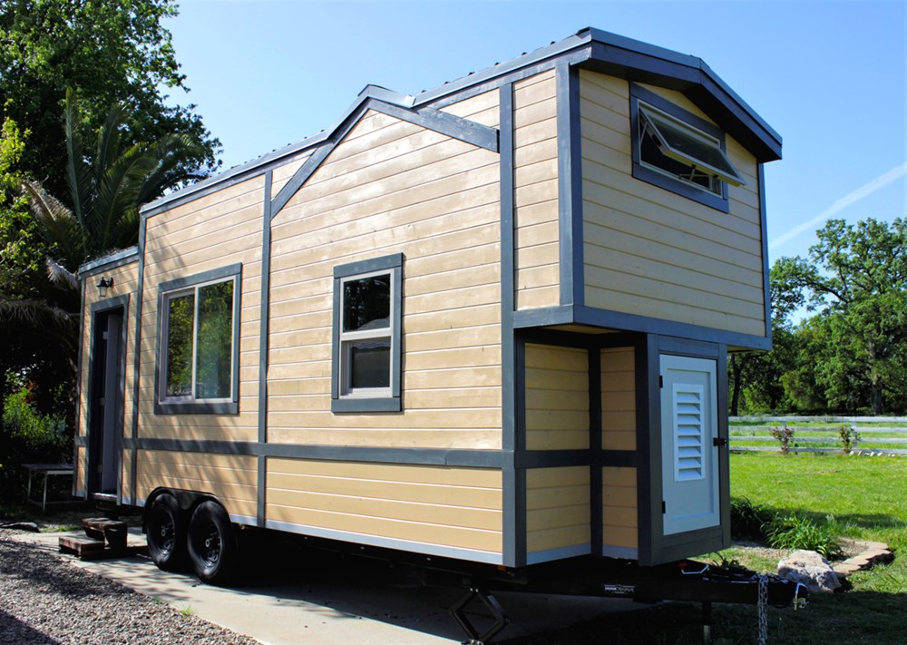 Luxurious Tiny House For Sale 3