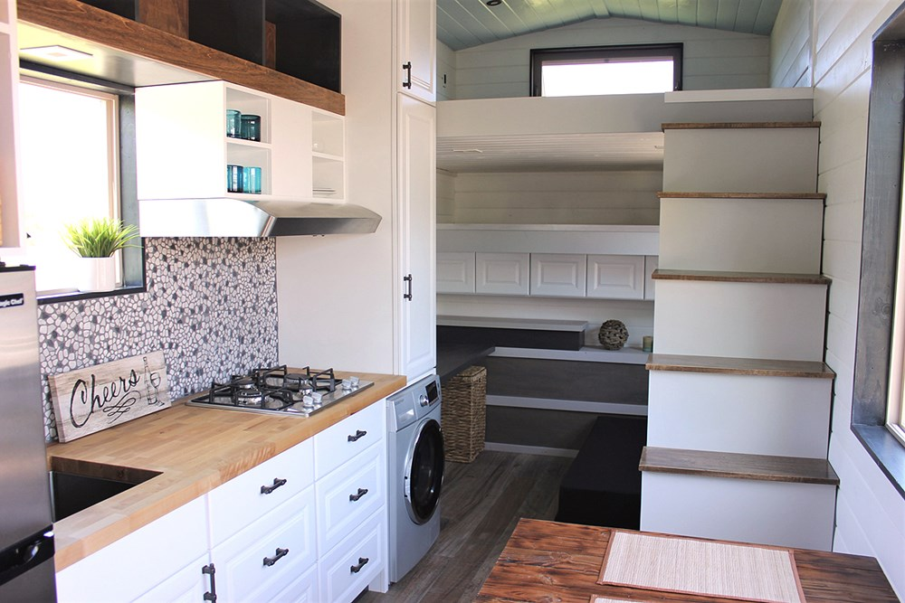 Luxurious Tiny House For Sale 7