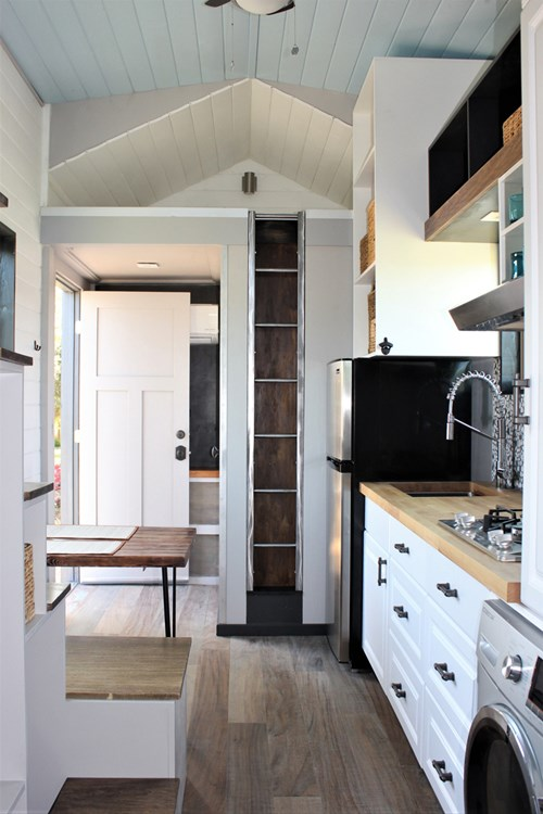 Luxurious Tiny House For Sale 5