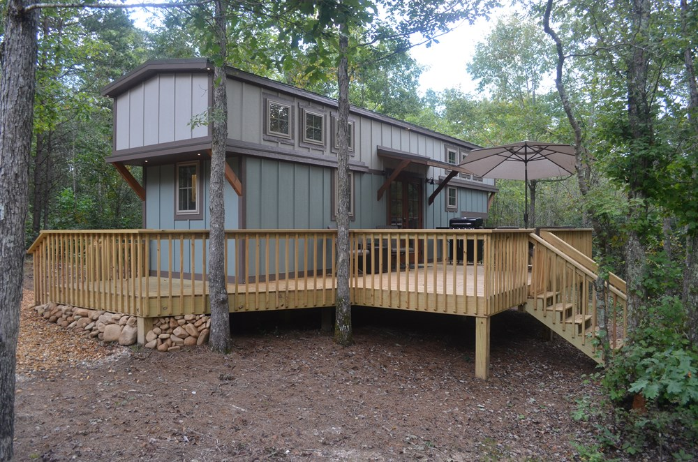 33' Tiny Dream House on Lookout Mountain