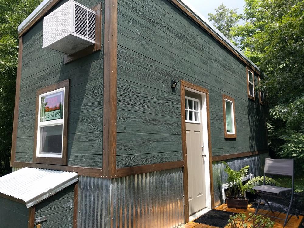 Tiny House For Sale Thow 22 Feet Long 36000