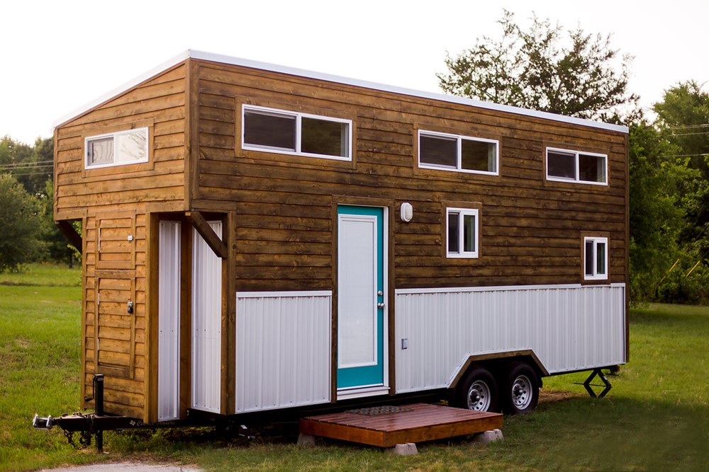 Fully-Furnished Tiny Home!