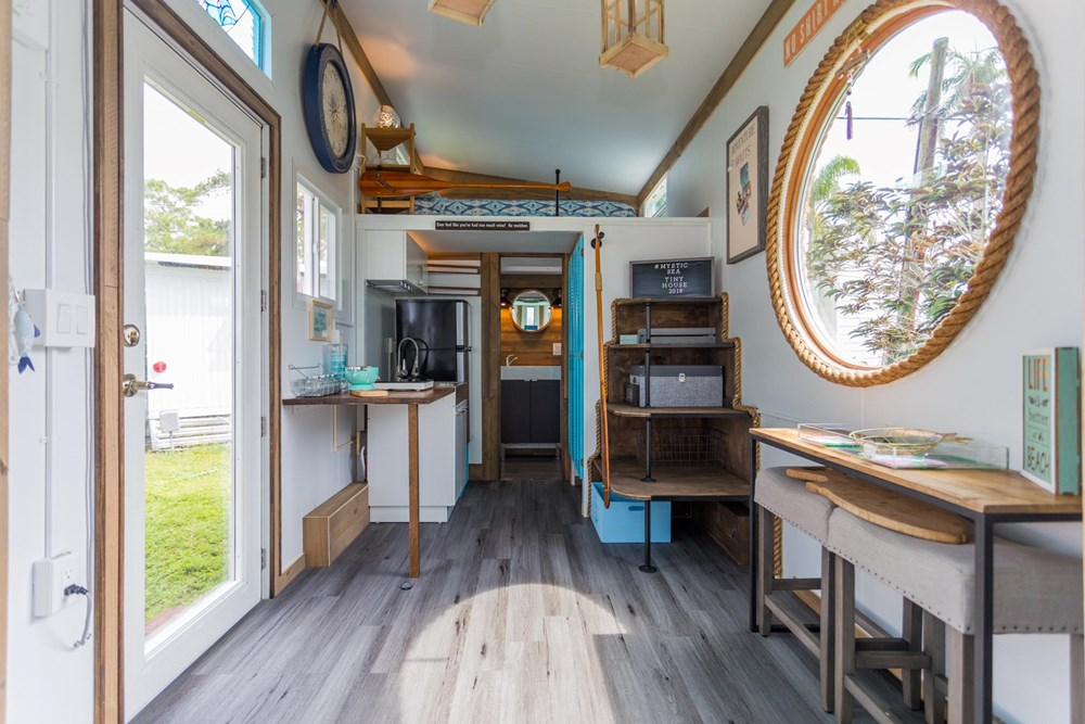 Tiny Beach House On Wheels Sleeps 4 4440 lbs LIGHTWEIGHT 4
