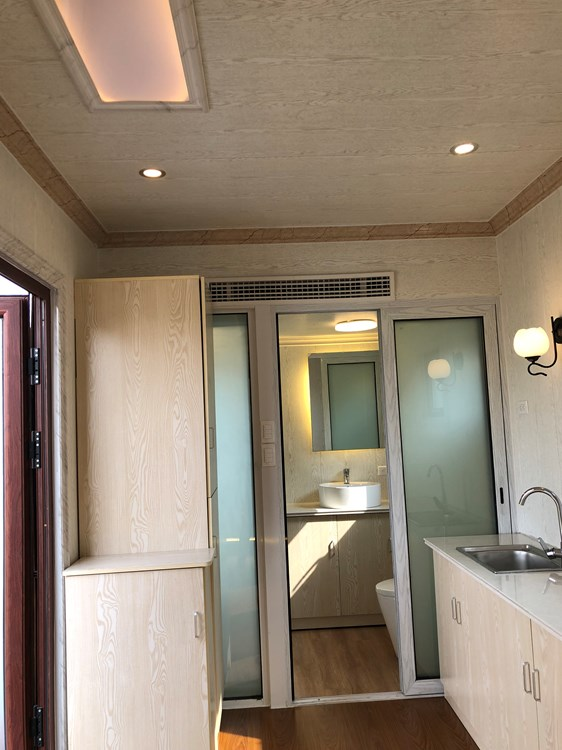 A tiny house with a multifunctional bathroom 2