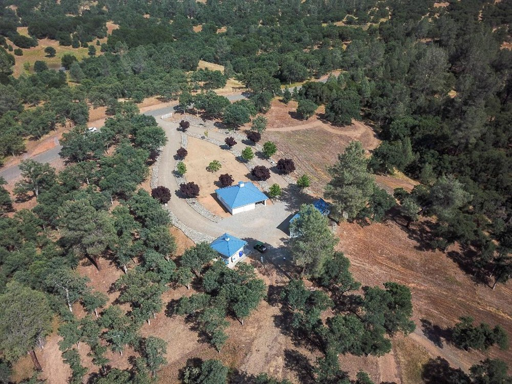 Cottonwood, CA home w/ 39 acres & pond (cash buyers only) 3