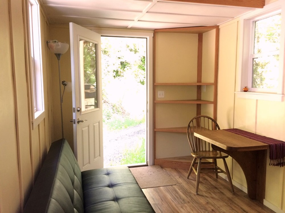 Fully-Equipped Tiny House 2
