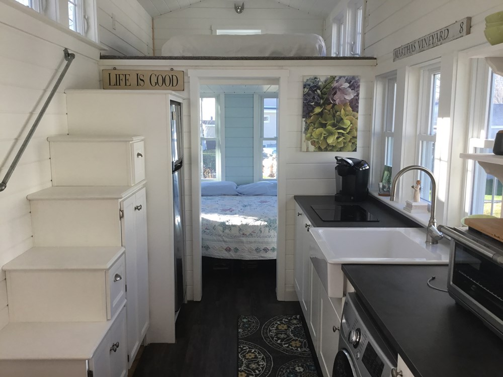 Tiny house on wheels- new built- never lived in 1