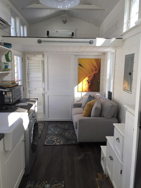 Tiny house on wheels- new built- never lived in 21