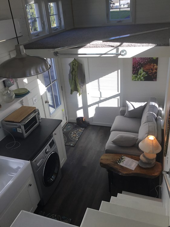 Tiny house on wheels- new built- never lived in 23