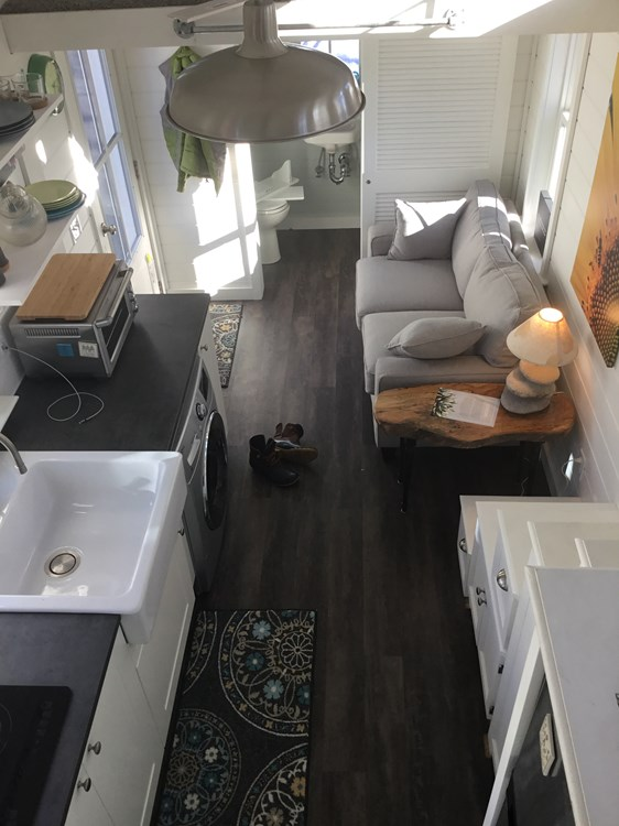 Tiny house on wheels- new built- never lived in 18