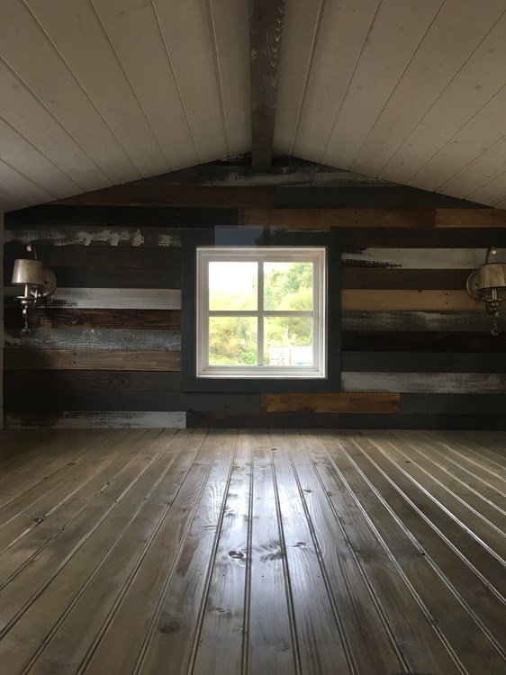 New craftsman style 20 foot tiny home with lots of character 6