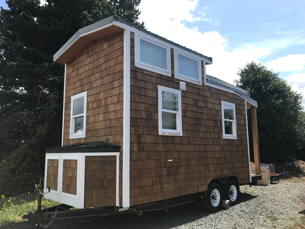 New Beautiful High Quality Tiny House