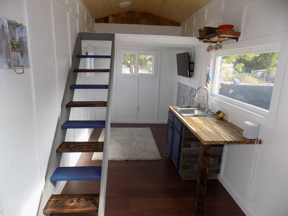 TINY HOUSE ON WHEELS LETS MAKE A DEAL 3