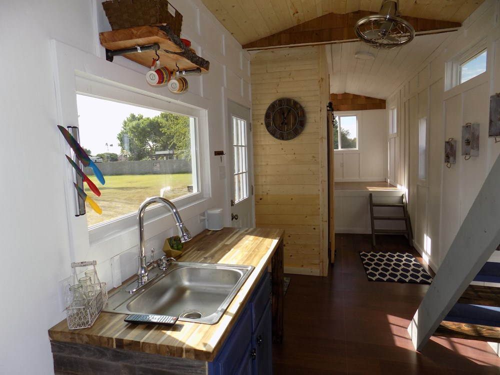 TINY HOUSE ON WHEELS LETS MAKE A DEAL 11