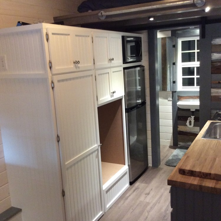New craftsman style 20 foot tiny home with lots of character 16