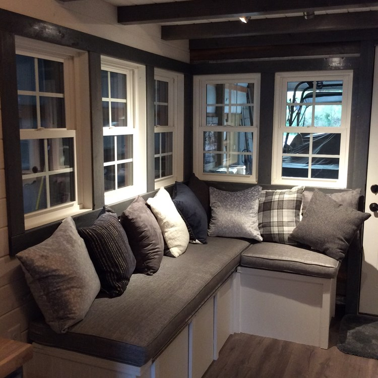 New craftsman style 20 foot tiny home with lots of character 10