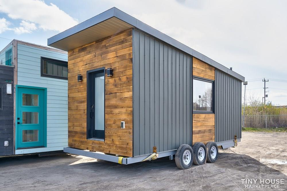 230 Sqf Bright & Open, Freestanding and Movable Studio House
