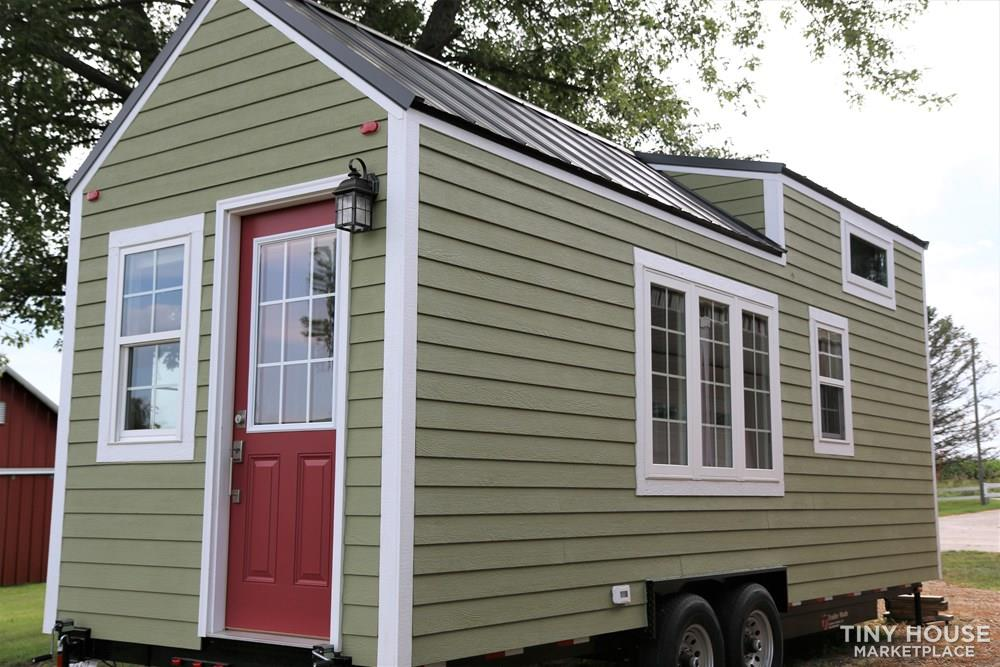 24 ft Tiny House on Trailer - Professionally Built and Third Party Inspected 3
