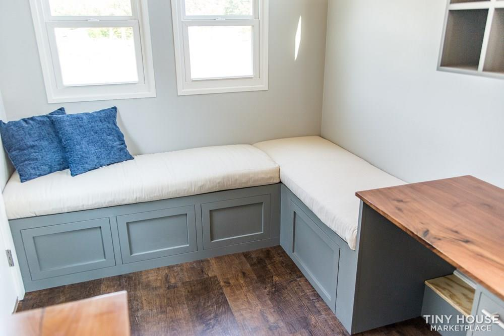 24' Lightweight Tiny House - Perfect for Office/Studio or Students 7