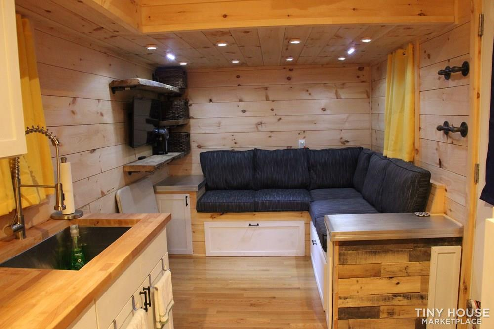 24' Live in Ready Tiny House  13