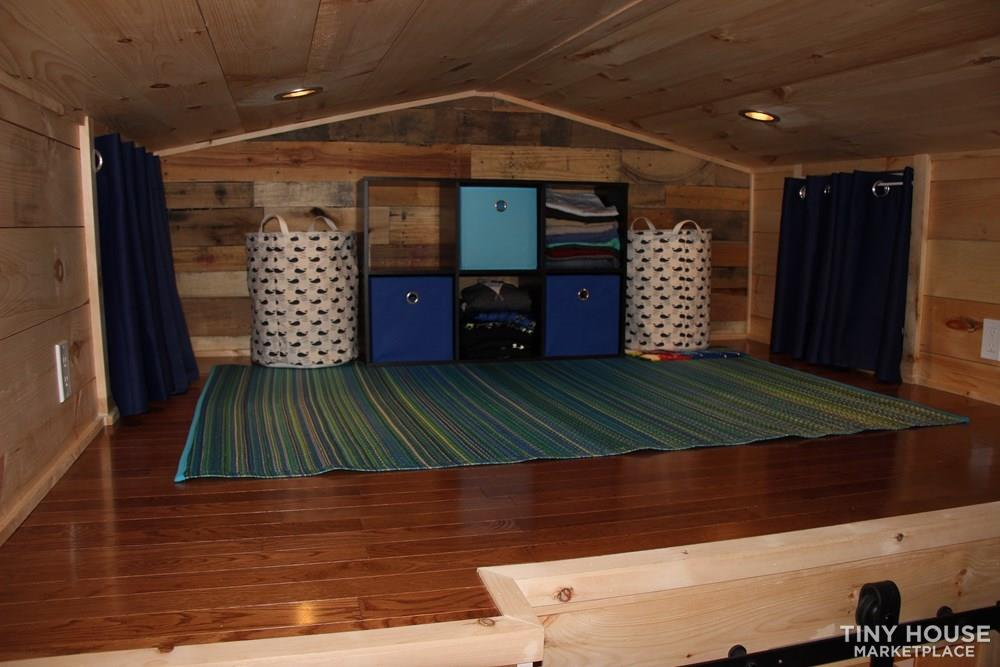 24' Live in Ready Tiny House On Wheels 4