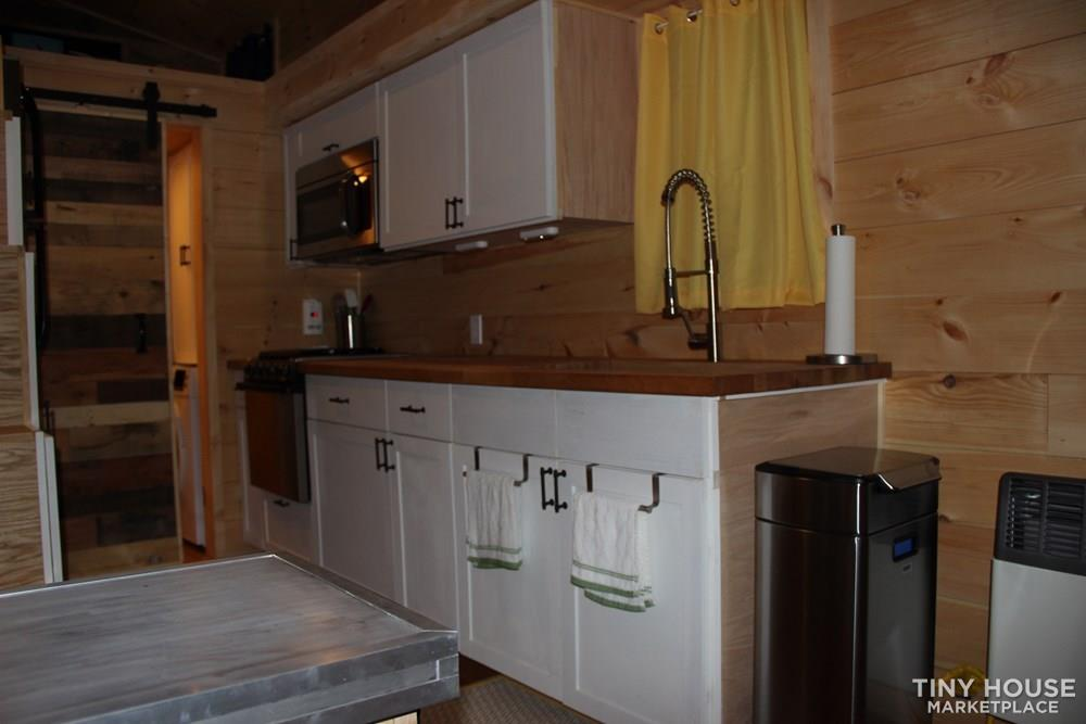 24' Live in Ready Tiny House On Wheels 8