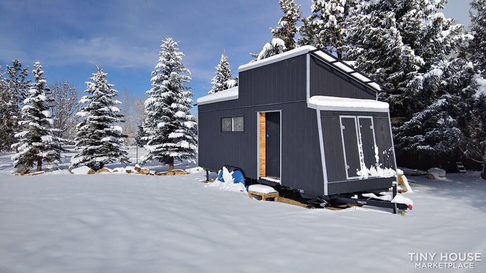 24' Tiny Home - Must Go - Accepting Credit Cards - Fully Insulated, Heated & AC