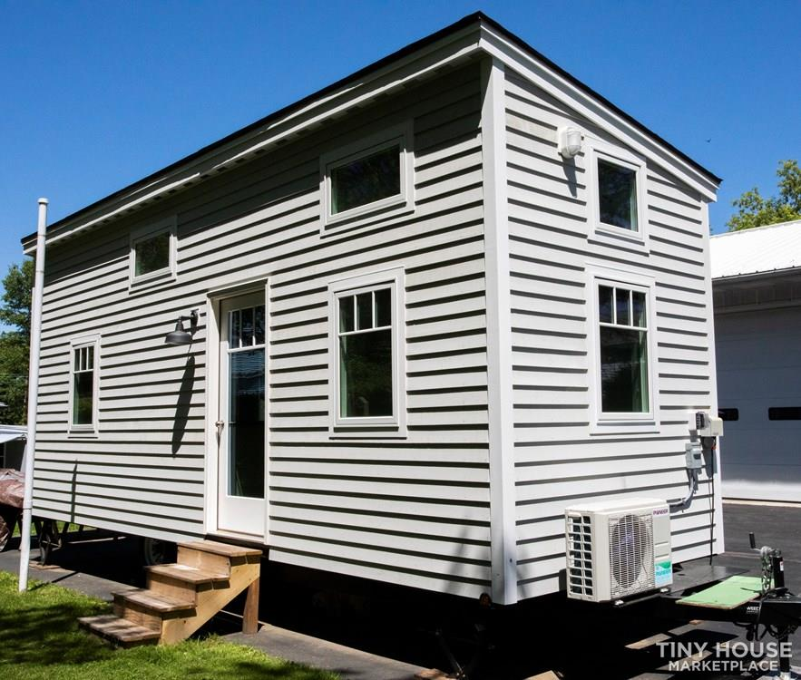 26 foot length tiny house on wheels 1
