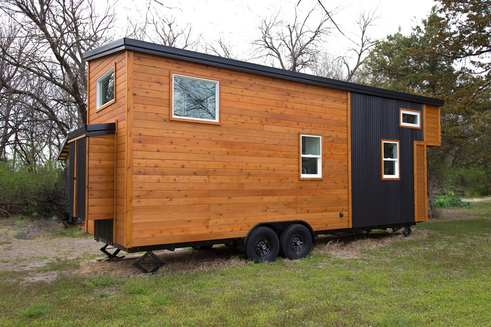 26' Luxurious, Spacious, Brand New Tiny Home on Trailer! Ready to move! 10