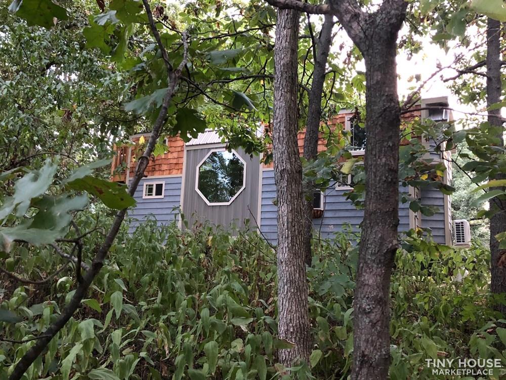 28 Foot Custom Luxury Tiny House that is Full of Amenities!!   8